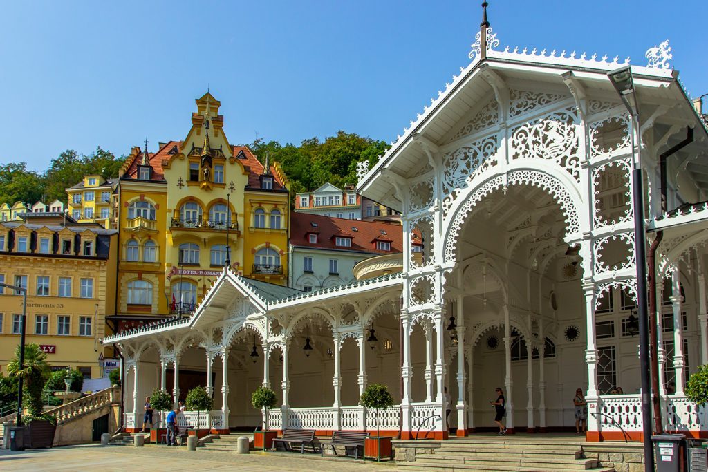 Karlovy Vary (ancienne Karlsbad) ville thermale (Bohème) - Photo BS - EvaP